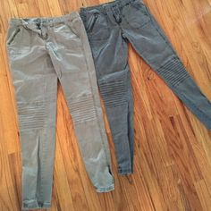 2 pairs of mossimo skinny pants Size 7 slim skinny army green and blue/gray good condition :) Mossimo Supply Co Pants Skinny