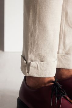 Trousers with ankle details.