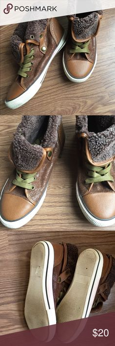 Aldo Fashion Sneakers Faux leather look high top sneakers. Zip in back. Barely worn. Aldo Shoes Sneakers