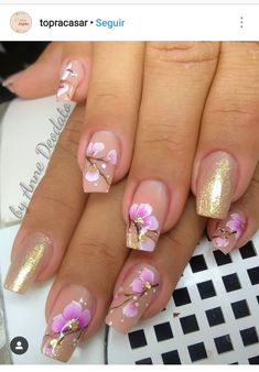 Perfect Colorful Floral Nail Design – 41 It's your turn to have great nails! Check out this year's most … Toe Nail Designs, Nail Polish Designs, Trendy Nails, Cute Nails, Wedding Nails Design, Luxury Nails, Flower Nail Art, Bridal Nails, Green Nails