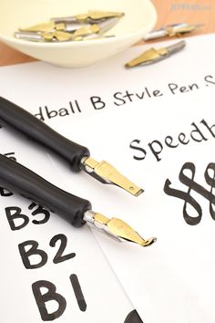 Try your hand at different calligraphy styles like Italic and Monoline with new Speedball B and C Nib Pen Sets.
