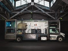 You Built What (from a shipping container)?!: A 14-Ton Pizzeria on Wheels | Popular Science