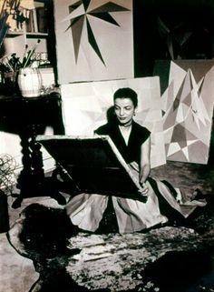Lygia Clark: O abandono da Arte, 1948-1988  http://gabineted.blogspot.com.br/2014/05/lygia-clark-o-abandono-da-arte-1948-1988.html  O Museu de Arte Moderna de Nova Iorque faz uma grande retrospectiva de arte dedicada à arte de Lygia Clark (Brasil , 1920-1988) é a primeira exposição abrangente na América do Norte de seu trabalho . Lygia Clark: o abandono da arte, 1948-1988 compreende cerca de 300 obras