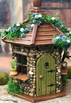 Fairy House / Fairy House with Lights / Outdoor Fairy House / Fairy Garden House Fairy House with lights. This whimsical little fairy house would be perfect for any fairy garden or placed in with a potted plant. It would also look nice in a child's room a Fairy Crafts, Garden Crafts, Garden Art, Garden Ideas, Clay Fairies, Fairy Furniture, Resin Furniture, Furniture Online, Furniture Design