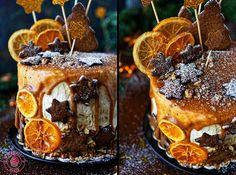 czekoladowy torcik korzenny przekładany kremem cynamonowym i karmelizowanymi orzechami
