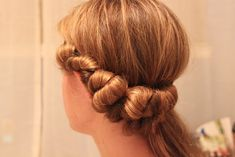 Michaela Noelle Designs: {Almost!} No Heat Curls