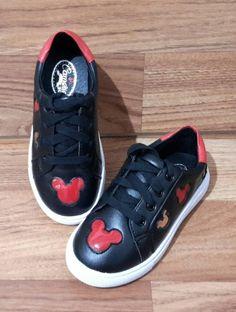 anak sepatu sneaker mickey black