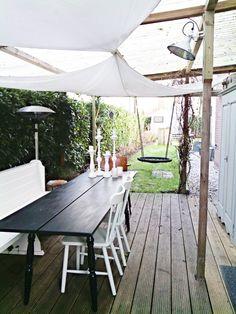 How Does Pergola Provide Shade Pergola Swing, Pergola Shade, Diy Pergola, Pergola Kits, Outdoor Tables, Outdoor Spaces, Outdoor Living, Outdoor Decor, Fresco