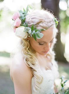 Garden inspired flower crown: http://www.stylemepretty.com/ohio-weddings/cleveland/2016/05/18/a-500-person-wedding-where-festival-style-meets-a-garden-party/ | Photography: Studio Elle - http://studioellephotos.com/