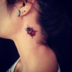 Veja nossa super seleção com 50 fotos de tatuagens de joaninha lindas e impressionantes. Confira e inspire-se.