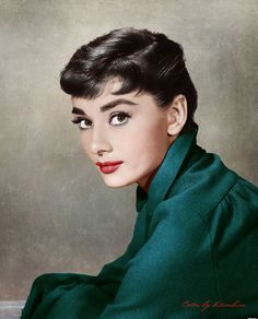 Audrey hepburn in roman holiday Katharine Hepburn, Audrey Hepburn Born, Audrey Hepburn Photos, Audrey Hepburn Makeup, Vintage Hollywood, Classic Hollywood, Looks Kylie Jenner, Foto Transfer, Actrices Hollywood