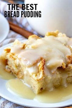 When it comes to easy recipes this Bread Pudding couldn't get any simpler. Filled with cinnamon and nutmeg this makes the perfect breakfast or dessert recipe. Desserts The Best Bread Pudding - The Perfect Breakfast Dish! Pudding Desserts, Easy Desserts, Delicious Desserts, Yummy Food, Dessert Healthy, Dinner Healthy, Tasty, Bread Pudding Sauce, Best Bread Pudding Recipe