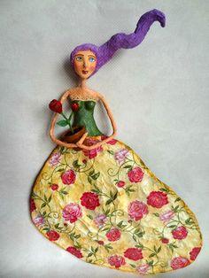 Meu Jardim - My Garden - Paper mache doll - Boneca papel mache
