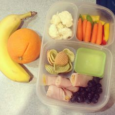 """""""Did you remember to pack a healthy lunch for YOURSELF this morning Healthy Lunches For Work, Healthy Snacks For Diabetics, Snacks For Work, Lunch Snacks, Box Lunches, Healthy Eating, School Lunches, Whats For Lunch, Lunch To Go"""