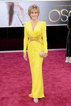 Todas las imágenes de celebrities y alfombra roja de los Oscars 2013: Jane Fonda de Versace