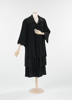 Coat, Evening  House of Patou (French, founded 1919)  Designer: Jean Patou (French, 1887–1936) Date: ca. 1920