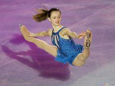 crazy flexibilty!   Dancing on skates