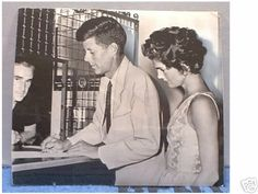 Nadire Atas on Jacqueline Kennedy Onassis Jack and Jackie applying for their wedding license. Jack borrowed the jacket and tie. Jfk And Jackie Kennedy, Jackie Oh, Jaqueline Kennedy, Los Kennedy, Carolyn Bessette Kennedy, Jack Johns, John Junior, John Fitzgerald, Us Presidents