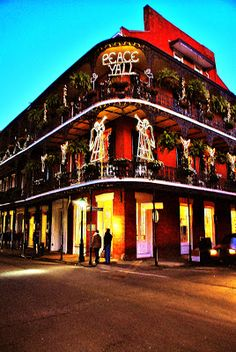 Christmas New Orleans French Quarter