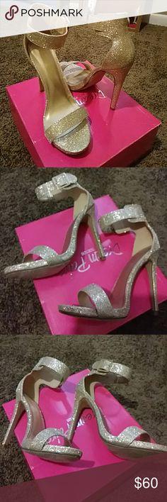 Dream Paris gold glitter ankle strap stellitoes Gd glitter ankle strap stillitoes dream Paris Shoes Heels