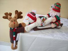 Elf On The Shelf, Christmas Stockings, Holiday Decor, Home Decor, Google, Scrappy Quilts, Christmas Decor, Christmas Ornaments, Bear Paintings