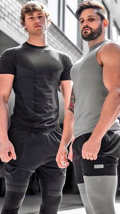 Gym Guys, Gym Men, Outfits Hombre, Sport Outfits, Mens Leotard, Gym Outfit Men, Male Fitness Models, Mens Tights, Moda Fitness
