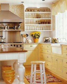 betsy speert from long ago in vermont, the yellow cabinets are gorgeous (Butter Yellow Kitchen) Kitchen Retro, New Kitchen, Vintage Kitchen, Happy Kitchen, Cozy Kitchen, Kitchen Ideas, Kitchen Storage, Awesome Kitchen, Kitchen Inspiration