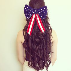 Pin for Later: Proud to Be an American: Patriotic Hairstyles For the Fourth of July Holiday Hairstyles, Girl Hairstyles, Braided Hairstyles, Toddler Hair Dos, Patriotic Outfit, Patriotic Party, Hair In The Wind, Hair Upstyles, Hairstyle Look
