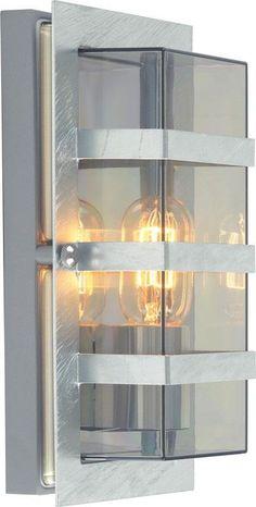 Boden är en stilig vägglampa som är anpassad till att kunna vara utomhus. Den finns i antingen opalglas eller klart glas, samt i färgerna svart och galvaniserad stål. Ljuskälla ingår ej Boden, Corning Glass, Velvet