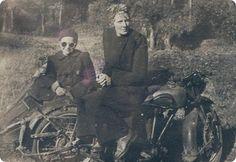 awesome lady & sidecar