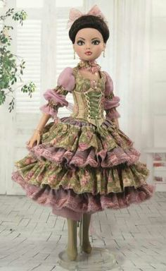 Beautiful OOAK Dress for Ellowyne Wilde Seamstress Unknown