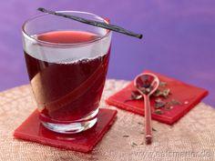 "Feiner Tee mit hohem ""Fett-weg-Faktor"": Mate-Malven-Tee mit Rosenblättern: http://eatsmarter.de/rezepte/mate-malven-tee/"