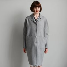 The Unlined Raw-edged Coat. A sophisticated pared back coat with dropped shoulder and patch pockets. Dress Making Patterns, Coat Patterns, Clothing Patterns, Apron Patterns, Pdf Patterns, Core Wardrobe, Wardrobe Basics, Sewing Coat, Dress Sewing
