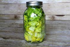 Lettuce can last. Lettuce can be stored up to a month in a glass jar to stay fresh. Lettuce in Jar Glass Containers, Glass Jars, Mason Jars, Storing Lettuce, How To Cut Avocado, Cheese Trays, Long A, Fabulous Foods, Kitchen Hacks