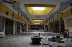 A little bit 12 Monkeys or 28 Days Later, this series shot by Seph Lawless of two abandoned shopping malls in Cleveland, Ohio have a hauntin...