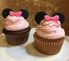 Minie mouse cupcakes! www.sweettreatusa.com