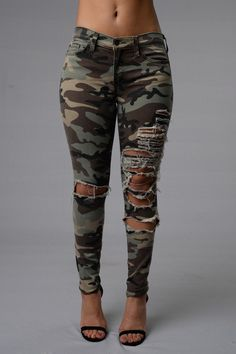 - Low Rise - 5 Pocket Design - Great Stretch - Fade Camo Print - Destroyed - Skinny Leg - 98% Cotton 2% Spandex