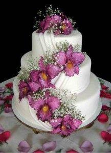 Bolos de noiva decorados com flores - bolo noiva flores rosa 217x300