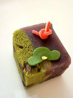 お正月上生菓子【松】 - 大和市 福田 桜の名所 千本桜 和菓子 みどりや