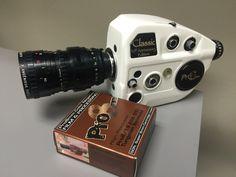 Cinema Camera, Movie Camera, Old Movies, Vintage Movies, Antique Cameras, Classic Camera, Cinematography, Lenses, Gadgets