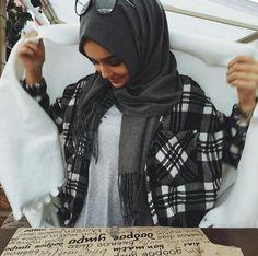 fashion, hijab, and muslim image Modest Dresses, Modest Outfits, Modest Fashion, Hijab Fashion, Fashion Outfits, Modest Wear, Modest Clothing, Muslim Women Fashion, Islamic Fashion