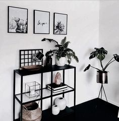 It would be nice with a white organizer and beach themed decorations :) - Living room deco . - It would be nice with a white organizer and beach themed decorations :] – Living room decor, - Decoration Bedroom, Bedroom Themes, Decor Room, Bedroom Inspo, Bedroom Ideas, Home Living Room, Interior Design Living Room, Living Room Decor, Apartment Living