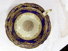 Vintage Paragon Double Warrant Footed Wide by TheVintageTeacup