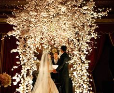 Wedding Ceremony Flower Ideas - Belle the Magazine . The Wedding Blog For The Sophisticated Bride