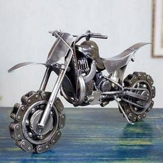 Auto parts sculpture, 'Rustic Motorcross Bike' - Collectible Recycled Metal Motorcycle Sculpture (image Metal Sculpture Artists, Steel Sculpture, Art Sculptures, Sculpture Ideas, Welding Art Projects, Metal Art Projects, Diy Projects, Blacksmith Projects, Metal Tree Wall Art