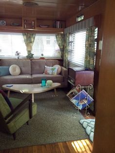See a great vintage mobile home restoration of a 1955 Smoker Aristocrat! Complete with original walls, checkerboard flooring, and age appropriate furnishings.