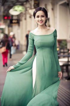 Green-Ao-Dai