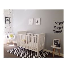 Love when my boys room is clean #doesnthappenoften #boysroominspo #boysroom #affordabledecorating #ikea #monochrome #walleffects