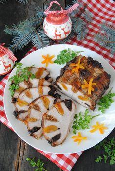 Takie mięsko podaję na zimno, jako dodatek do pieczywa. Do jego przygotowania możemy użyć swoich ulubionych bakalii, np. orzechy, rodzynków. Pork Recipes, Keto Recipes, Cooking Recipes, Healthy Recipes, Xmas Food, Vintage Recipes, Love Food, Breakfast Recipes, Food Photography