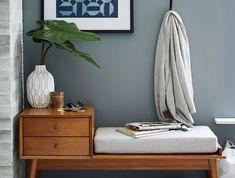 אחסון חורף, ספסל ישיבה ומגירות וינטג' בעיצוב West Elm